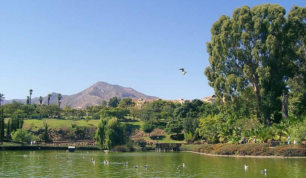 Парк Палома (Parque de la Paloma) в Бенальмадене