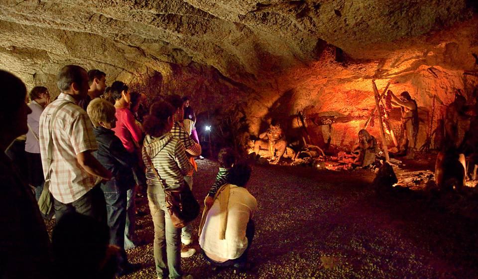 Пещера Фонт-Мажор (Font Major)
