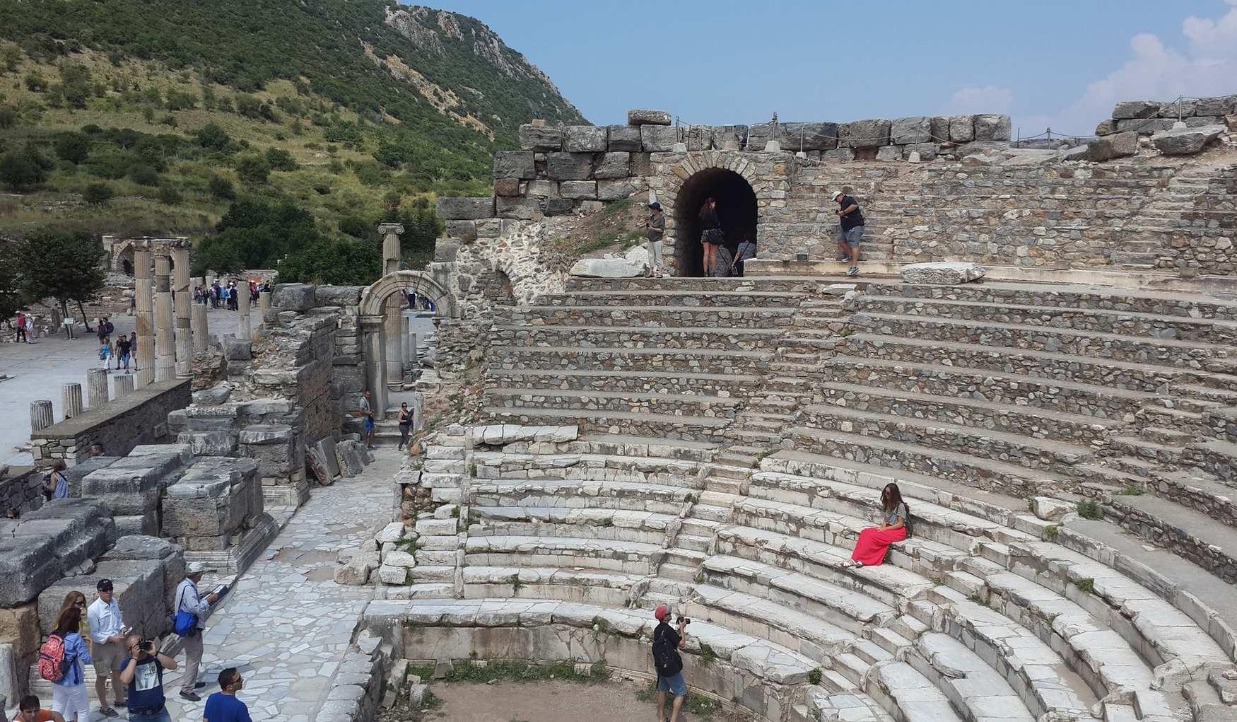 Театр в Эфесе