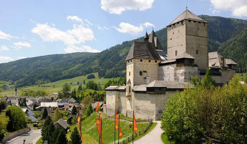 Замок Маутерндорф