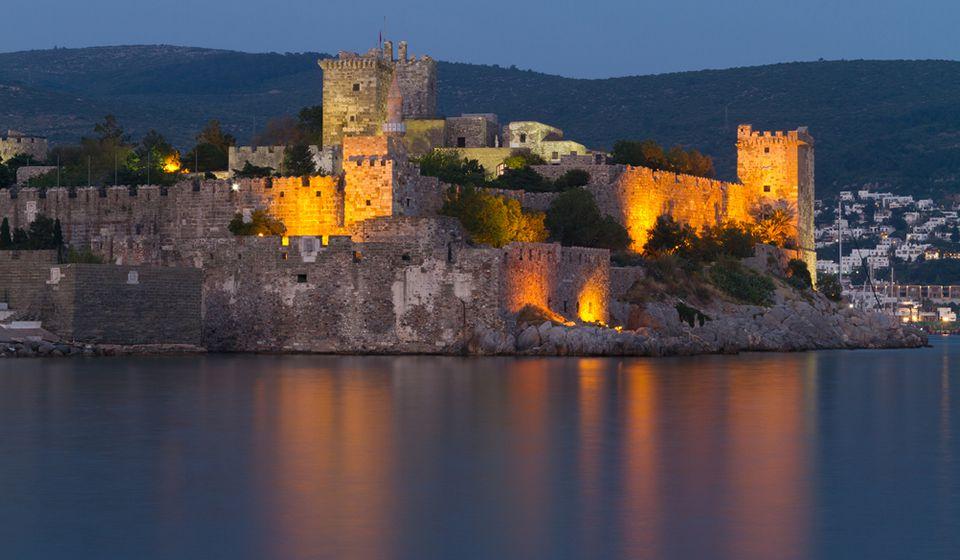 Картинки по запросу крепость Бодрума