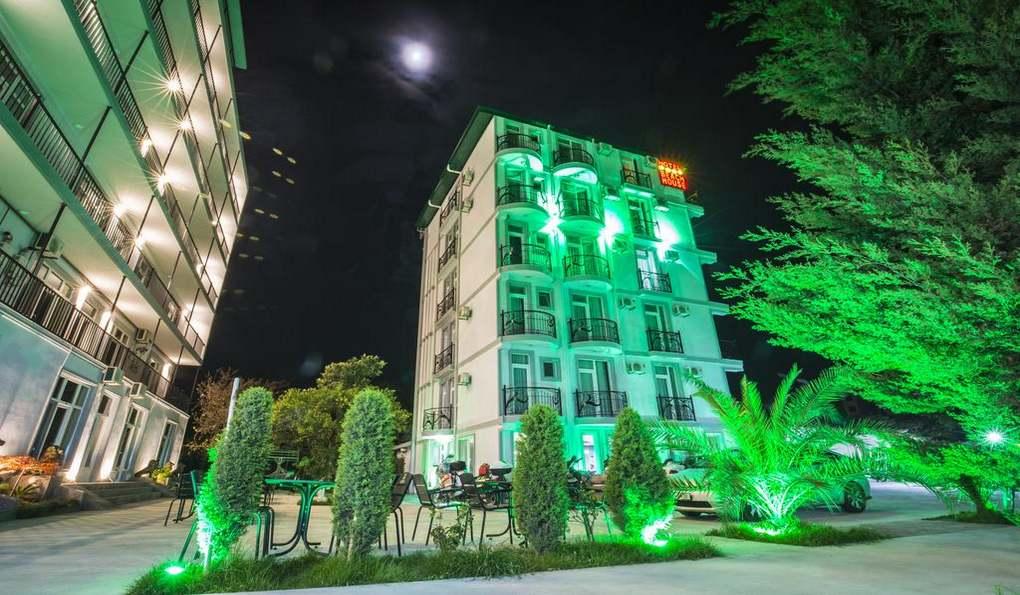 Beach House Hotel Batumi