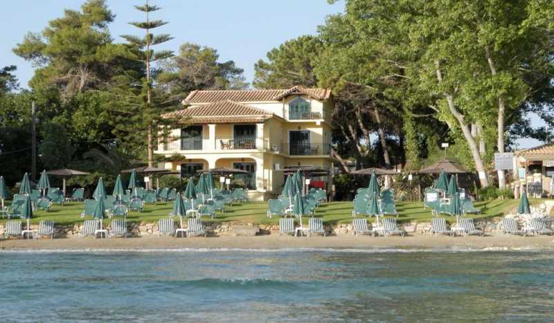Zarkadis Beach Apartments
