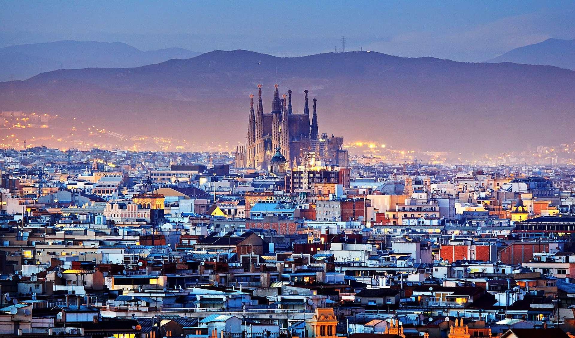 Барселона: Барселона в январе, отдых и погода в Барселоне (Испания