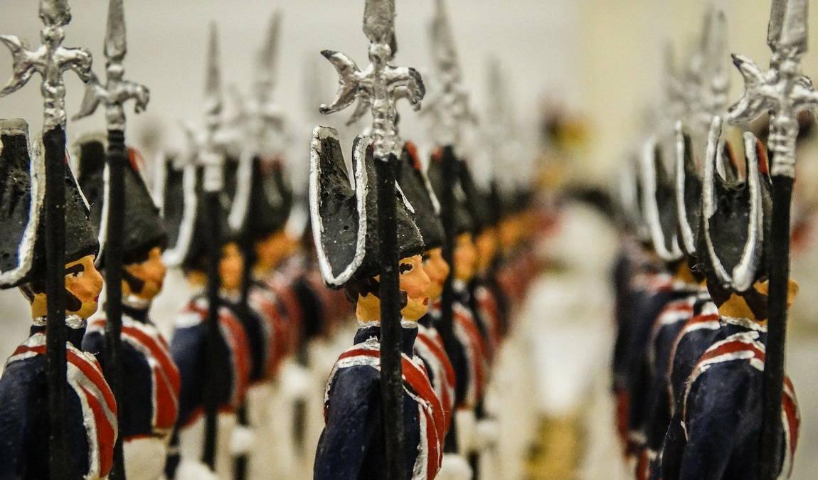 Что привезти в подарок для ребенка из Мюнхена: Фигурки оловянных солдатиков