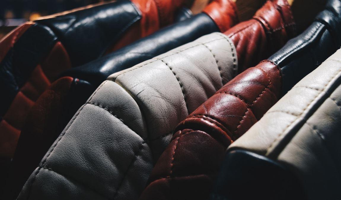 Кожаные изделия как пример подарка из Турции