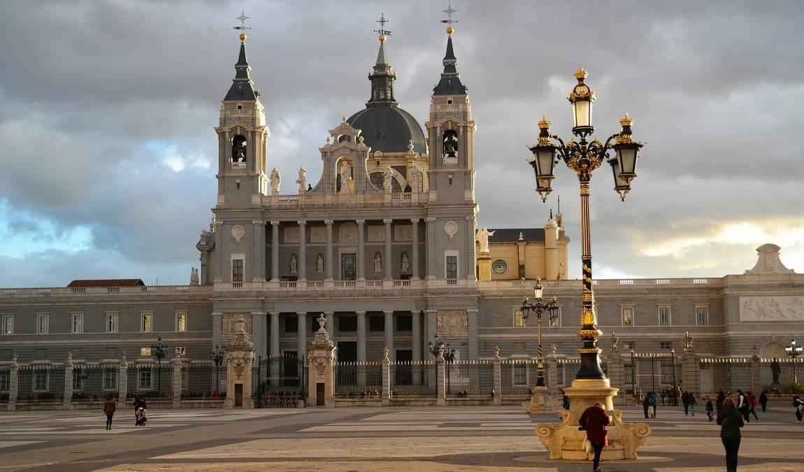 Мадрид в декабре: в вихре рождественских огней